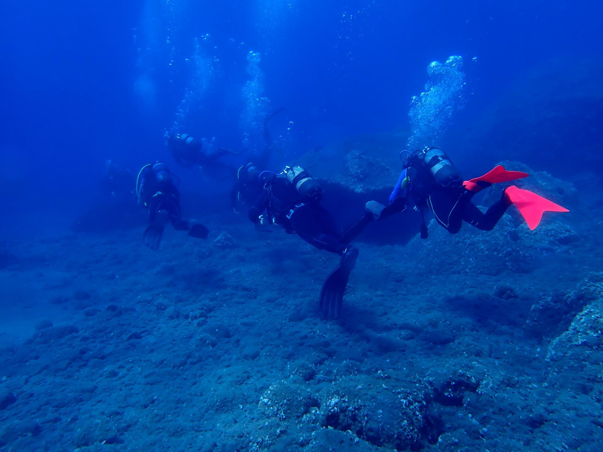 Santorini Reefs